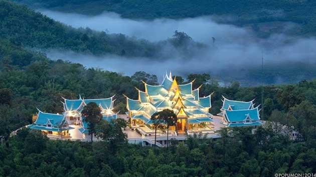 Wat Pha Phu Kon, Udon Thani
