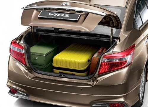 Toyota Vios, luggage area view