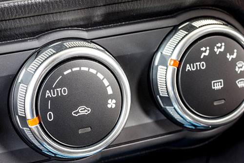 how to correctly turn on A/C in car