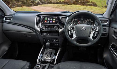 Mitsubishi Triton Driver View