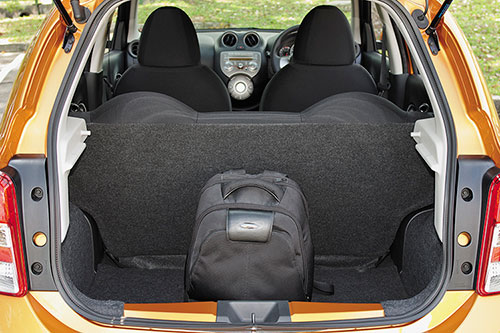 Nissan March trunk capacity