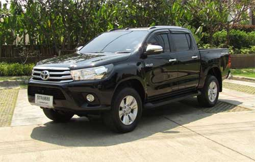 Toyota Hilux Revo Exterior 6