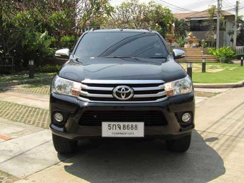 Toyota Hilux Revo Exterior 8