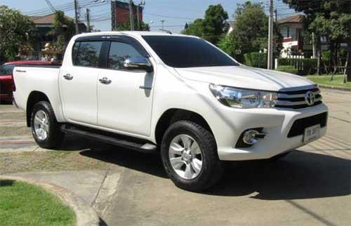 Toyota Hilux Revo Exterior 7