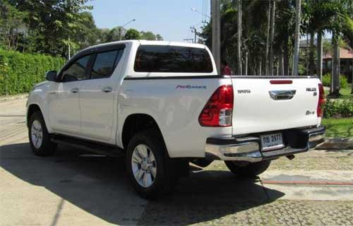Toyota Hilux Revo Exterior 9