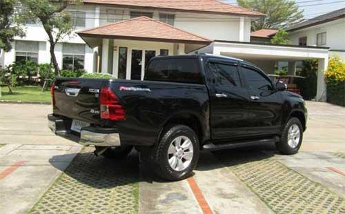Toyota Hilux Revo Exterior 10